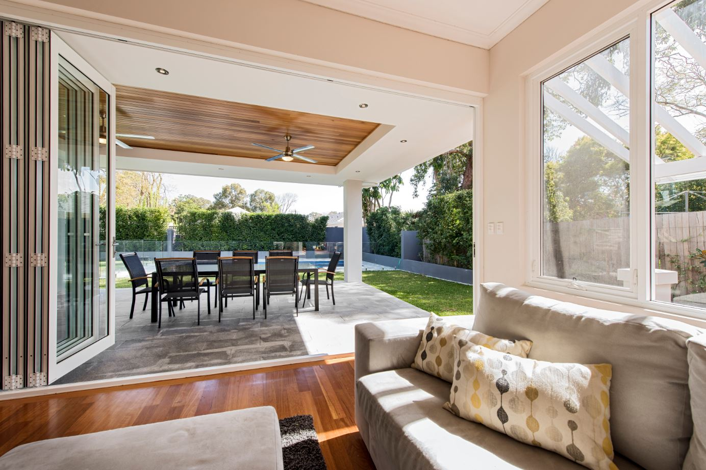 The stacking back doors make this home ideal for parties and entertaining. This is what's really missing from older homes in Perth – the ability to fling open the doors and live an alfresco lifestyle.