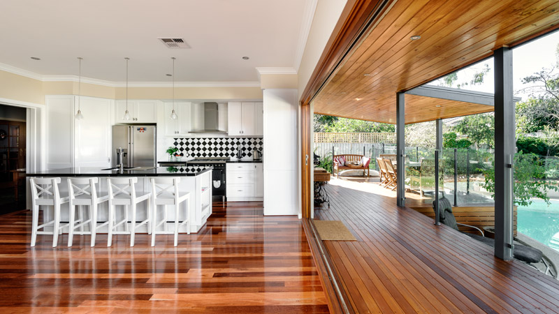 What a difference a wall of stacking windows makes to a living area. This older home has been transformed by this home improvement project – enabling seamless indoor and outdoor living. How much does that suit our Perth lifestyle?!